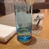 eingedeckter Tisch mit Design-Besteck