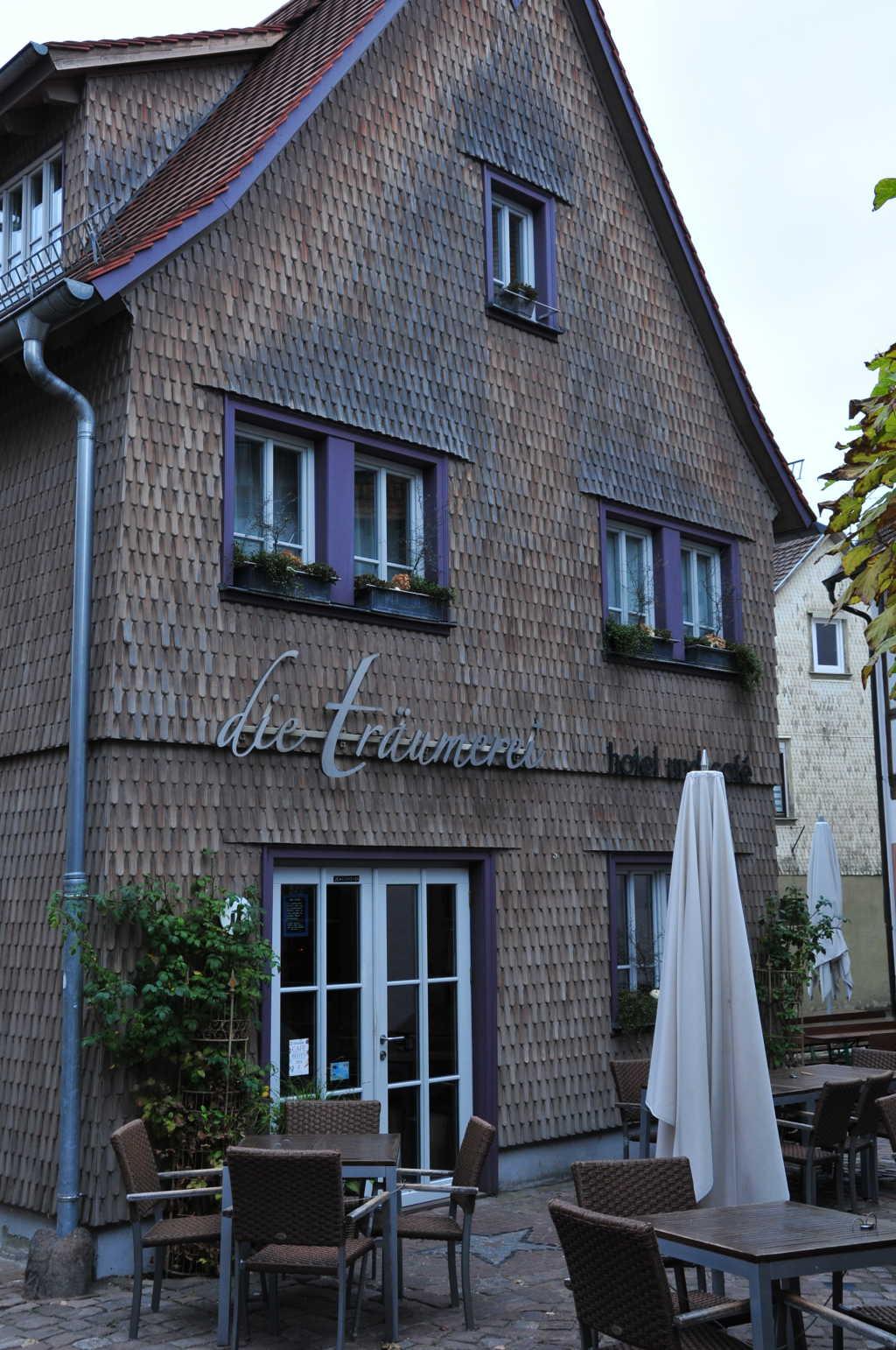 die tr umerei cafe hotel in 64720 michelstadt michelstadt. Black Bedroom Furniture Sets. Home Design Ideas