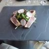 Thunfisch Sashimi auf Rucola
