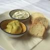 Brot und 2 Dips