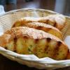 Knuspriges und geöltes Brot