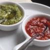 grüne, rote Chilipaste