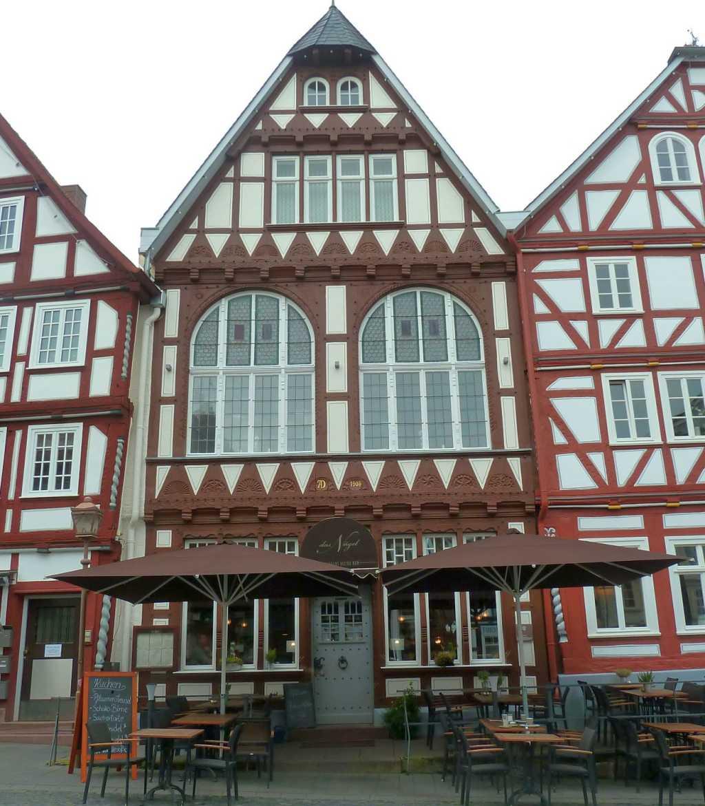 Das Nägel - Restaurant | Café | Bar Restaurant, Bar, Cafe, Festsaal ...