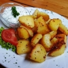 Bratkartoffeln mit Kräuterquark