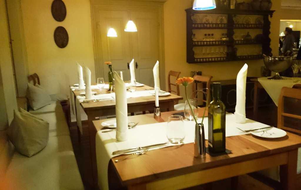 Schöne Holztische bewertungen meisenheimer hof restaurant hotel in 55590 meisenheim