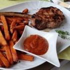 Foto zu Restaurant Die Villa: Zartes Kalbskotlett mit Süßkartoffelpommes