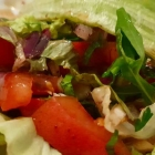 Foto zu Restaurant Közüm - Anatolische Spezialitäten: Gemischter Salat mit Granatapfelsauce