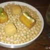 Kichererbsen-Krokette mit Curry und Joghurt-Käsecreme, Parmesankeks