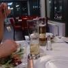 Tisch mit lustigen Streuern