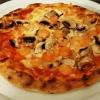 Kleine Pizza Mare e Monti. Mit Champignons und reichlich Krabben. Schinken abbestellt. € 8,10