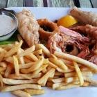 Foto zu el Greco: 19.03.19: Fischplatte - Schollenfilet, Calamares, Scampi, Pommes