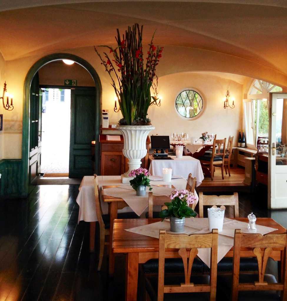Schlossschänke Auf Dem Johannisberg Restaurant, Ausflugsziel in ...