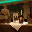 Foto zu Restaurant Poseidon: Teil vom Gastraum, 23.01.19