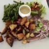 MSC Matjesfilet, Honig-Senf-Dillsauce, Speckbohnen und Bratkartoffeln