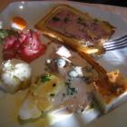 Foto zu Hotel Hochwiesmühle: Pochierter Lachs,Blumenkohltarte, Rindercarpaccio,Pastete