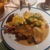 Schääzer Grillteller mit vier verschiedenen Medaillons, Bauchspeck und Grillwurst mit Kartoffelrösti und Gemüse für 12,50 Euro
