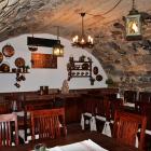 Foto zu Bauernwirtschaft zum Kunsthandwerkerhaus: Gewölberestaurant - Kellerbar