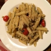 Thunfischnudeln mit braunen Oliven, Kirschtomaten, Kapern ( 10,90 € )
