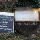 Foto zu Cafe Maria: Schaukasten plus Info-Tafel