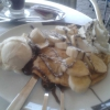 Crepes mit Vanillieeis und Banane