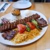 Adana Kebabab mit zwei zus. Lammkoteletts
