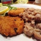 Foto zu Dyck's Weinstube: Schnitzel Wiener Art mit Kastaniengemüse