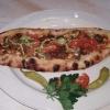 Pide mit Lammfleisch, Käse und Tomatenpaprika 10,90€
