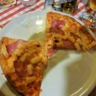 Foto zu Pizzeria Bella Italia: Halbe Pizza Hawai