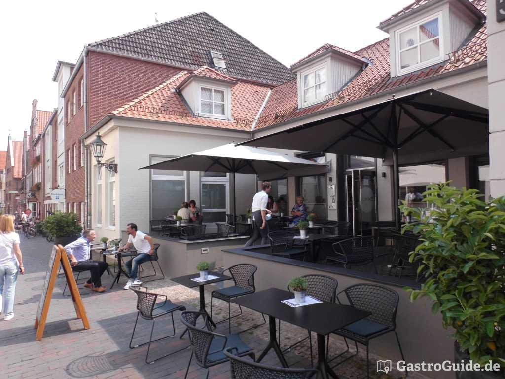 r hms deli restaurant cafe in 21335 l neburg altstadt. Black Bedroom Furniture Sets. Home Design Ideas