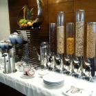 Foto zu Parkhotel Wallgau: Müsli und Marmeladenbereich