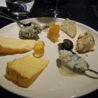 Foto zu Restaurant Esplanade: Identische Käseauswahl der Simbas