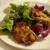Salat mit überbackenen Champignons