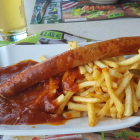 Foto zu SPR - Panorama Restaurant GmbH: Currywurst mit Pommes