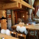 Foto zu Heggbacher Mühlencafé: Gastraum in der alten Mühle