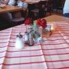 frisch eingedeckter Tisch