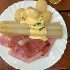 Foto zu Gutsausschank Preis: Spargel mit Schinken und Kartoffeln, 14.06.19