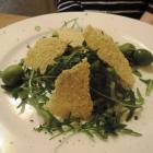 Foto zu Pfälzer GenussFraktion: Avocado-Tomatentartar mit Parmesan-Chips
