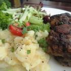 Foto zu Pfälzer GenussFraktion: Die Frikadellen diesmal mit Kartoffelsalat