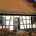 Foto zu Das Fachwerkhaus: Vorderseite mit Eingang