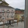 Terrasse vor dem Frühstücksraum, schöner Ausblick