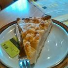 Foto zu Café Kuhnlein: gedeckter Apfelkuchen