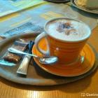 Foto zu Café Kuhnlein: Cappuccino 1,90 €