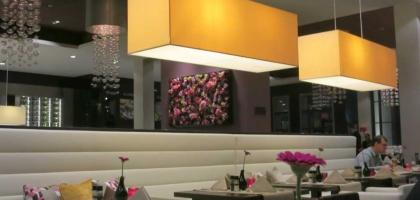 Bild von ZiZou  wine & dine  im Van der Valk Airporthotel