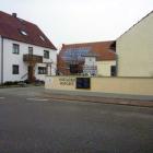 Foto zu Bonschabs Hofcafé: Einfahrt