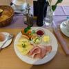 herzhaftes Hofcafé Frühstück