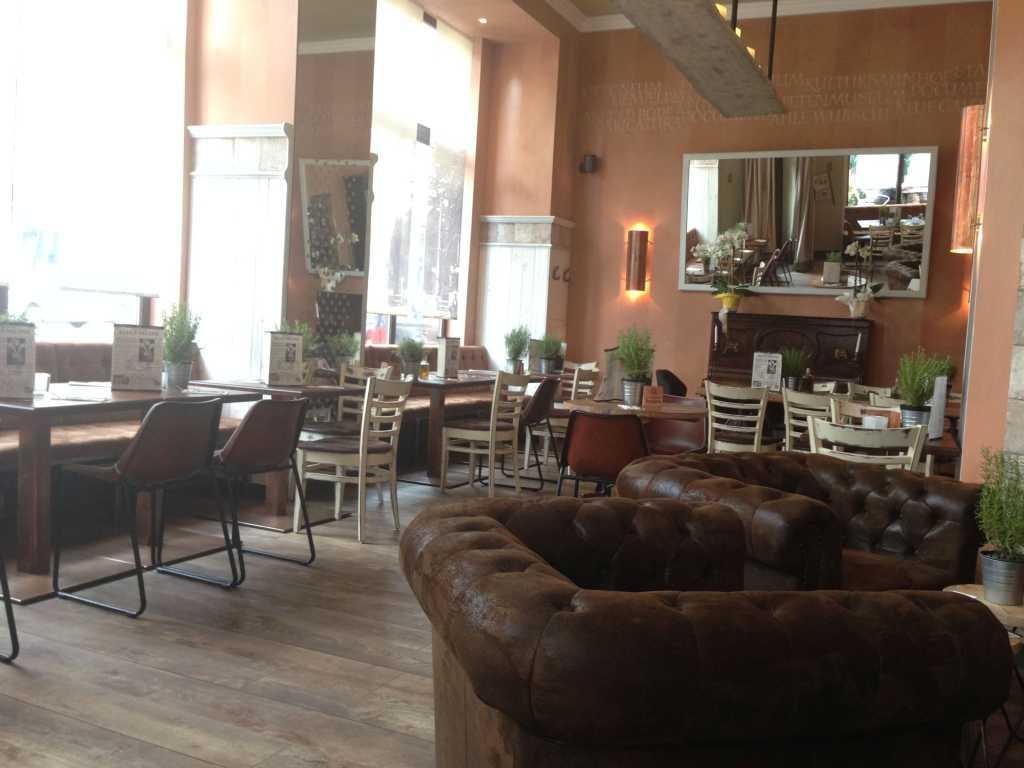 Denkmahl Restaurant In 34119 Kassel