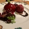 Variation von Schwarzwälder Kirsch mit dunkler Schokolade und Sauerkirschsorbet