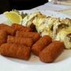 Schweinefiletmedaillons mit Champignons u. Sauce Hollandaise überbacken