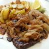 Leber vom Grill mit Bratkartoffeln u. Zwiebel