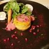 Gemüse-Quiche mit Spinat-Apfelsalat